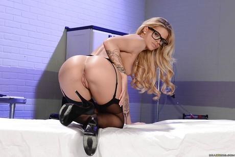 Galería imperdible de la sensual pornstar Jessa Rhodes