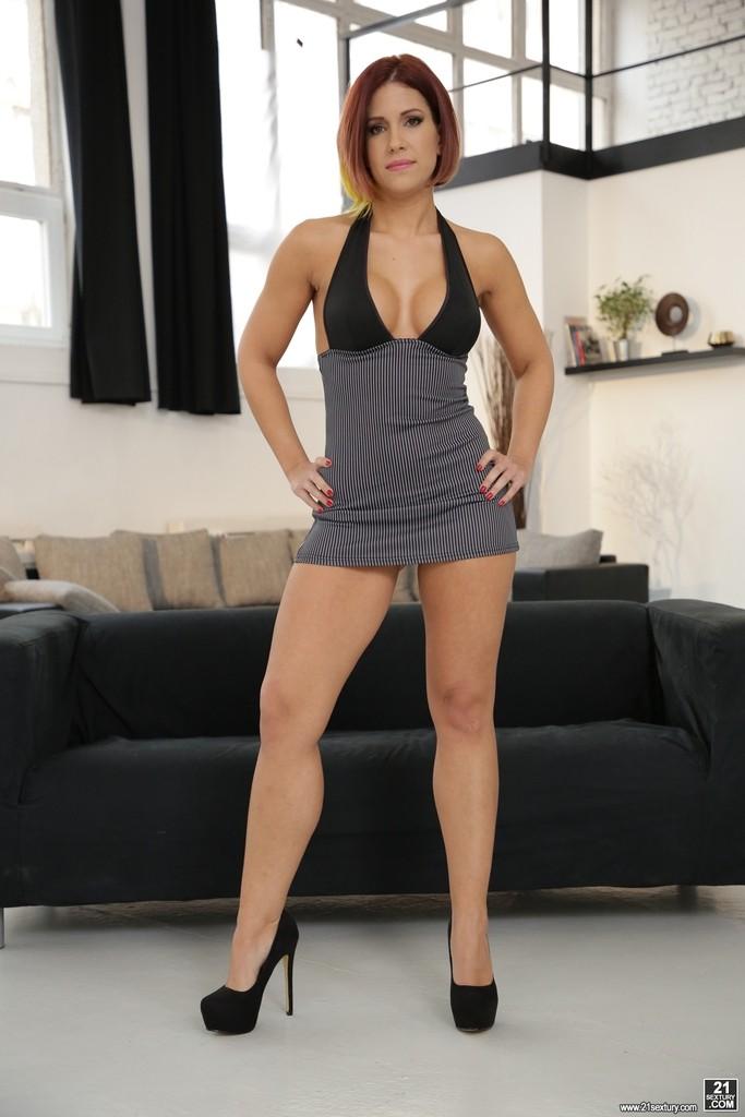 Kathy Fuckdoll fotos muy calientes