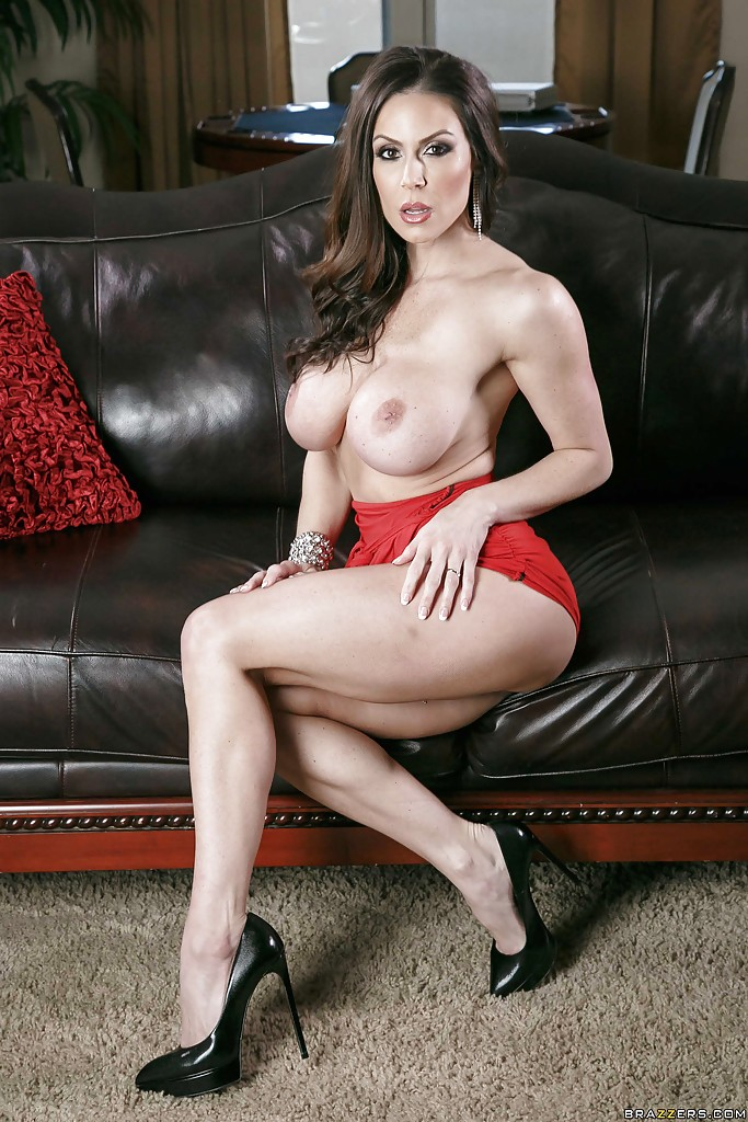 Kendra Lust fotos de una Milf infernal