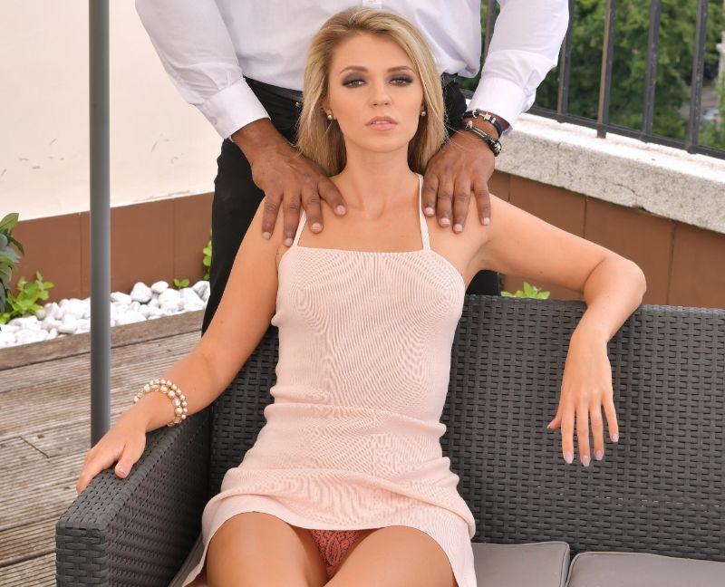 Mary Kalisy a la rubia le encanta negra y enorme
