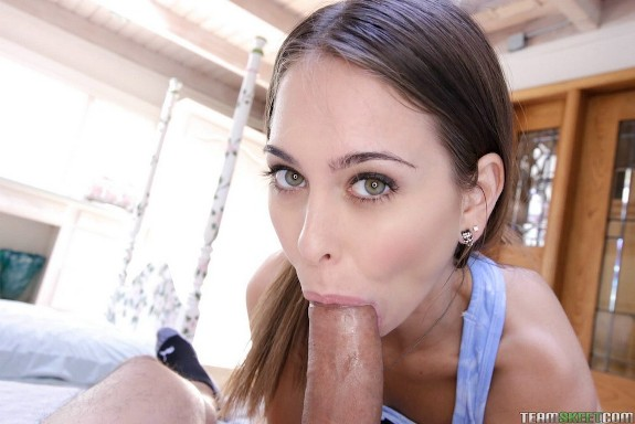 Pornstar - Riley Reid una putita cachonda
