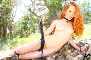 Heather Carolin una colorada de pechos espectaculares