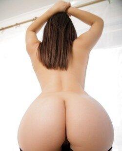 Valentina Nappi muestra su trasero espectacular